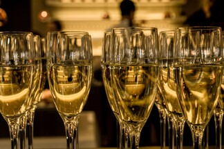 champagne flutes filled with golden champagne